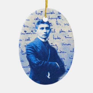 Letra de Kafka Adorno Navideño Ovalado De Cerámica