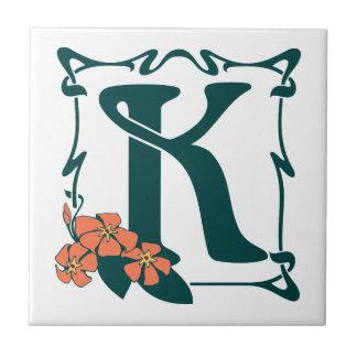Letra de lujo K del nouveau del arte del vintage Azulejo Cuadrado Pequeño
