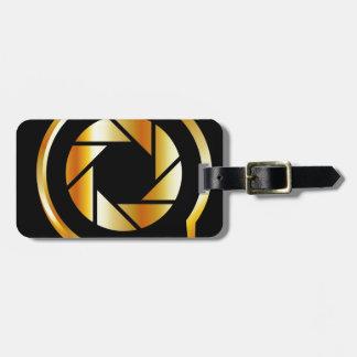 Letra de oro Q con el obturador de la fotografía Etiquetas Bolsas