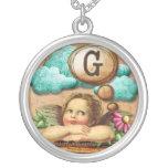 letra inicial G de la querube del ángel de las ilu Collares