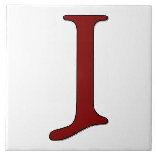 Letra J de Helena en teja roja del monograma
