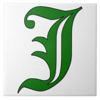 Letra J del diploma en teja verde del monograma