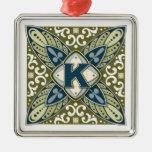 Letra K del monograma de la piedra preciosa grabad Ornamento Para Arbol De Navidad