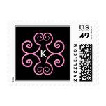 Letra K - Sello rosado y negro del monograma del a