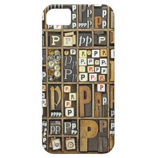 Letra P iPhone 5 Carcasas