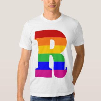 Letra R del arco iris Playera