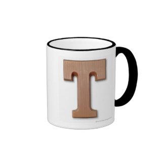 Letra t del chocolate taza de dos colores