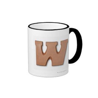 Letra w del chocolate taza de dos colores