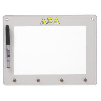 Letras amarillas y azules del delta de la alfa XI Tableros Blancos