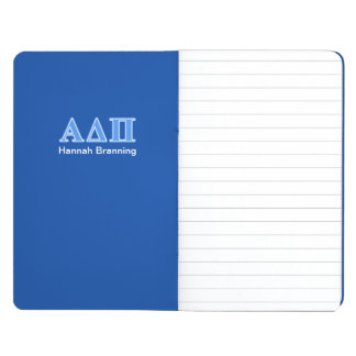 Letras azules claras alfa del delta pi cuadernos grapados