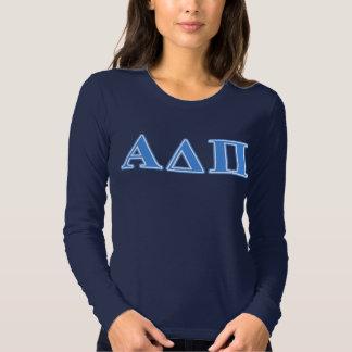 Letras azules claras alfa del delta pi poleras