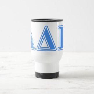 Letras azules claras alfa del delta pi taza térmica