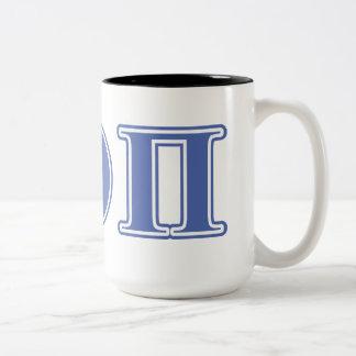 Letras beta del azul de la theta pi taza de café de dos colores