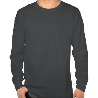 Letras blancas y rojas de la ji del delta camisetas