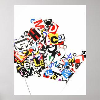 Letras coloridas del recorte que vierten fuera de  póster