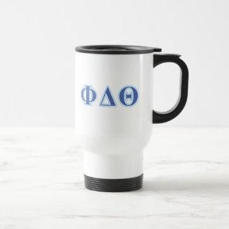 Letras del azul real y de los azules cielos de la taza de café