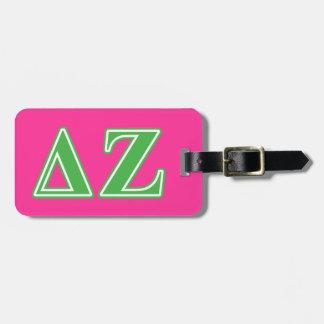 Letras del verde de la zeta del delta etiquetas para maletas