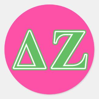 Letras del verde de la zeta del delta pegatina redonda