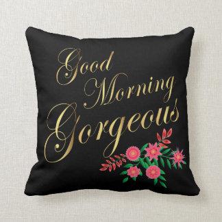 Letras magníficas del oro de la buena mañana el | cojín