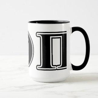 Letras negras beta de la theta pi taza