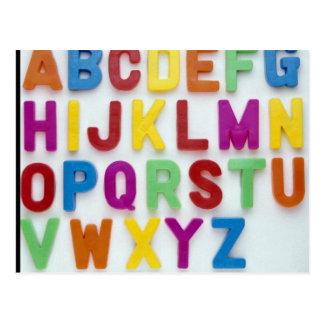 Letras plásticas para los niños tarjetas postales