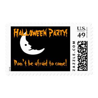 Letras y luna asustadizas del fiesta de Halloween Timbres Postales