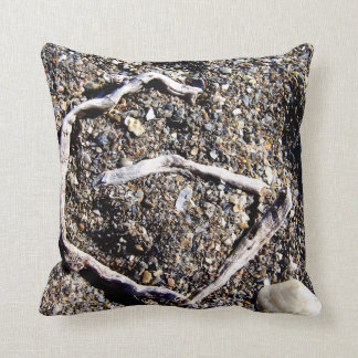 letter g in florida driftwood on beach throw pillow
