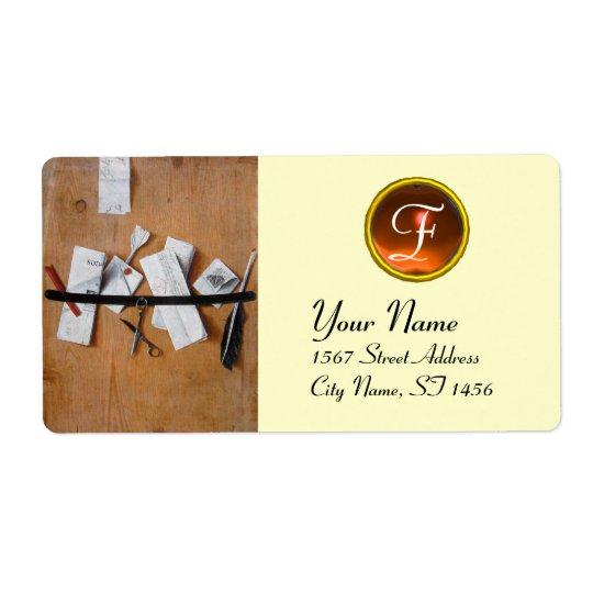 LETTER HOLDER IN WOOD MONOGRAM, orange agate white Label