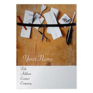 LETTER HOLDER IN WOOD MONOGRAM platinum silver Large Business Cards (Pack Of 100)