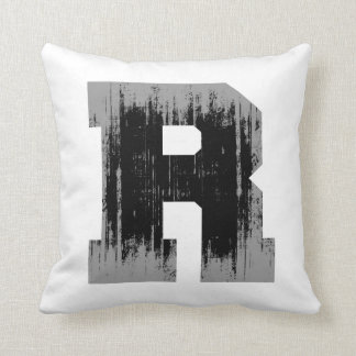 LETTER PRIDE R VINTAGE.png Throw Pillows
