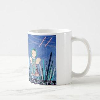 leuke drinkbeker met klein grappig engeltje  blauw coffee mug