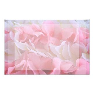 leus blancos rosados papeleria