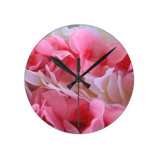 leus blancos rosados relojes de pared