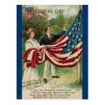 Levantamiento de la bandera el Memorial Day Tarjeta Postal