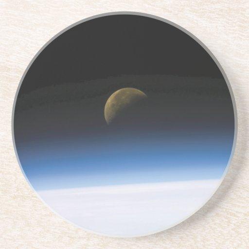 Levantamiento de la luna del práctico de costa de  posavasos manualidades
