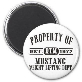 ¡Levantamiento de pesas del mustango! Imán Redondo 5 Cm