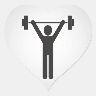 Levantamiento de pesas pegatina en forma de corazón
