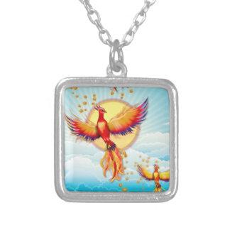 Levantamiento del pájaro del fuego de Phoenix Collar Plateado