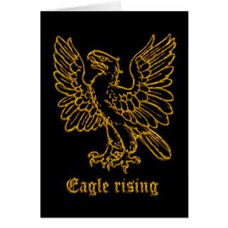 Levantamiento medieval de Eagle de la heráldica Tarjeta De Felicitación