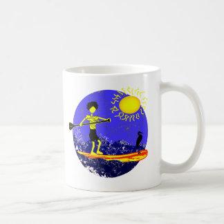 Levántese el diseño de la paleta taza