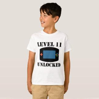 Level 11 Unlocked Video Games 11th Birthday T-Shirt