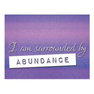 Ley púrpura de la afirmación de la abundancia de tarjeta postal