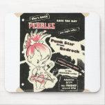 Leyenda de punk rock de PEBBLES™ Alfombrillas De Ratón