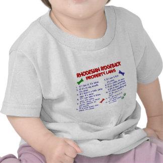 Leyes 2 de la propiedad de RHODESIAN RIDGEBACK Camisetas