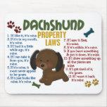 Leyes 4 de la propiedad del Dachshund Mouse Pads