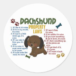 Leyes 4 de la propiedad del Dachshund Pegatina Redonda