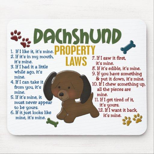 Leyes 4 de la propiedad del Dachshund Alfombrillas De Ratones