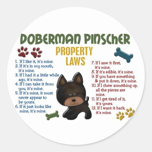 Leyes 4 de la propiedad del Pinscher del Doberman Etiqueta Redonda