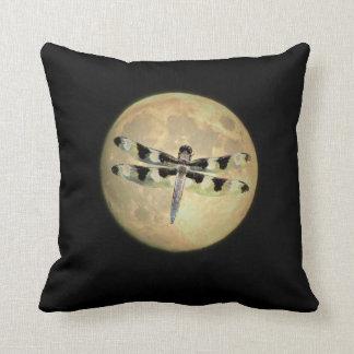 Libélula de la Luna Llena Cojín