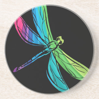 Libélula del arco iris en negro posavasos diseño
